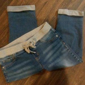 Girl's Capri jeans